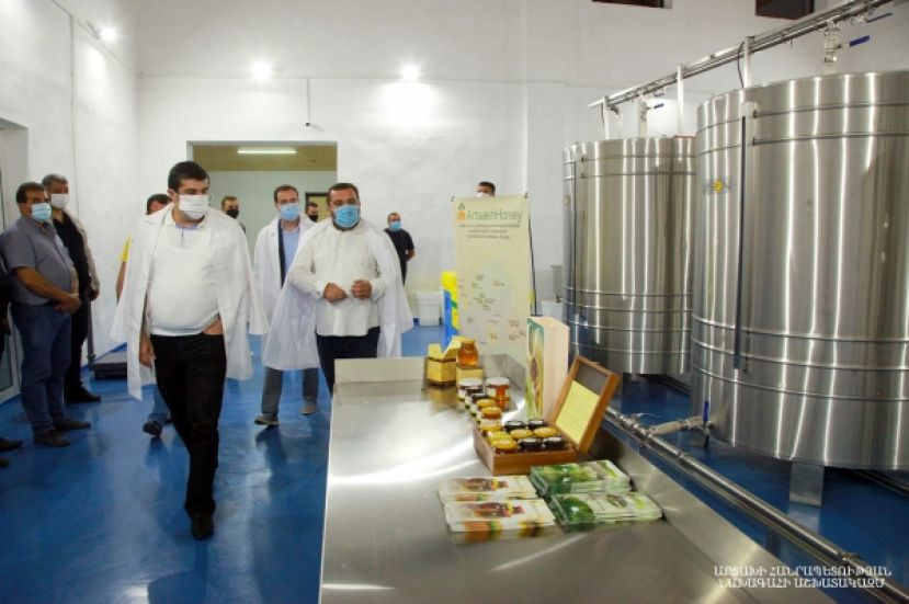 "New programs are to be realized for the development of beekeeping. President Harutyunyan visited a honey production company ""Honey House Artsakh"""