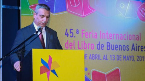 Masis Mayilian Delivered a Speech at the International Book Fair in Buenos Aires