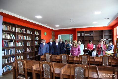 Artsakh Republic President Bako Sahakyan was present at the solemn re-opening ceremony of the Stepanakert children's library