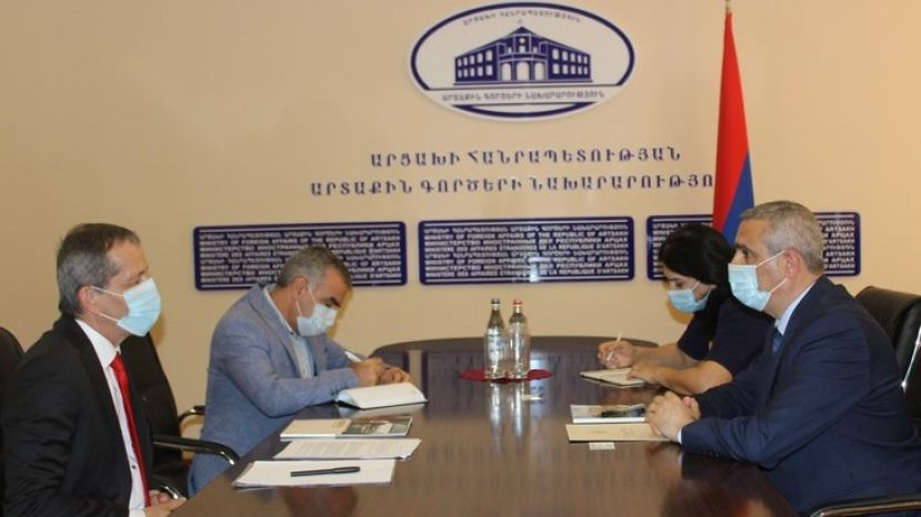 Masis Mayilian Received the Newly Appointed Head of the ICRC Artsakh Mission