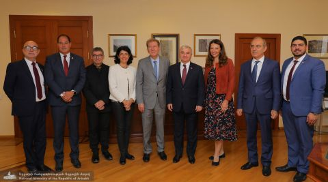 NA President Ashot Ghoulyan Receives French Parliamentarians