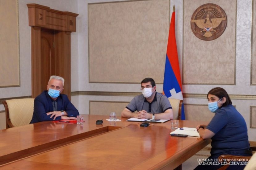 Artsakh Republic President Arayik Harutyunyan had an online discussion with High Commissioner for Diaspora Affairs of the Office of the Prime Minister of the Republic of Armenia Zareh Sinanyan