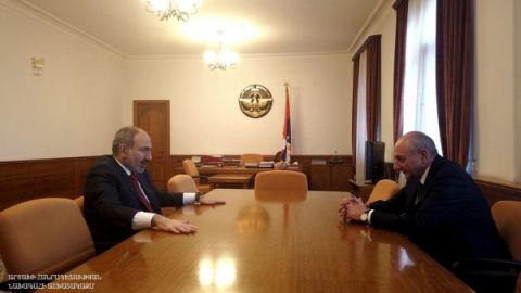 Meeting with Armenian Premier Nikol Pashinyan