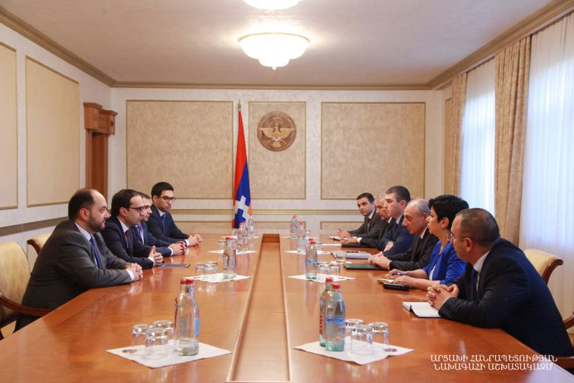 President Bako Sahakyan held a meeting with vice-premier of the Republic of Armenia Tigran Avinyan and members of the delegation headed by him