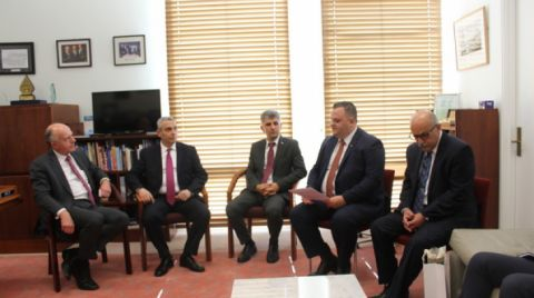 Artsakh Foreign Minister Masis Mayilian Met with Chairman of the Foreign Relations Committee of the Australian Senate Eric Abetz