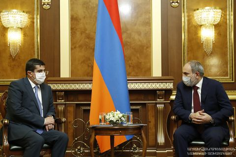Artsakh Republic President Arayik Harutyunyan had a private meeting with Republic of Armenia Prime-Minister Nikol Pashinyan