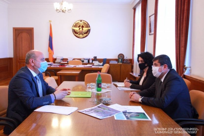 "President Harutyunyan received director of the ""Dari Ghoghanj"" foundation Arthur Hovhannisyan"