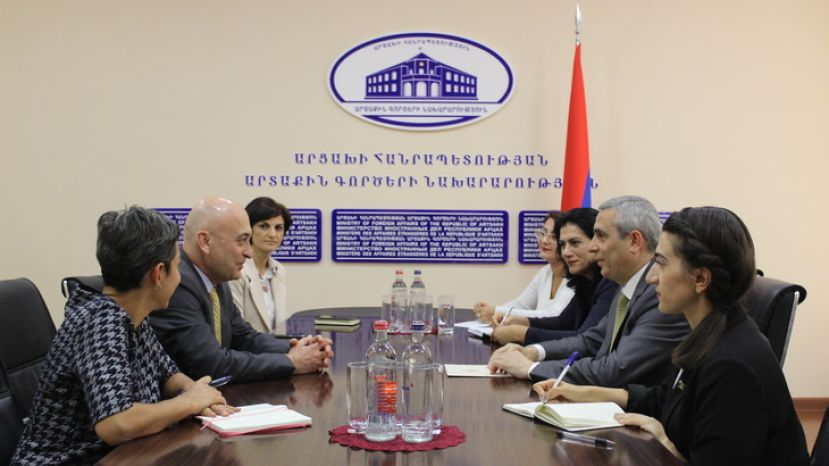Masis Mayilian Received the AGBU Delegation