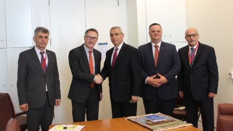 Artsakh Foreign Minister Masis Mayilian Met with Leader of the Australian Greens Party, Senator Richard Di Natale