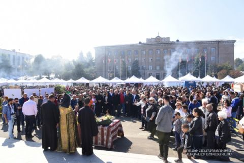 Trade fair organized in connection with the Day of Agricultural Worker