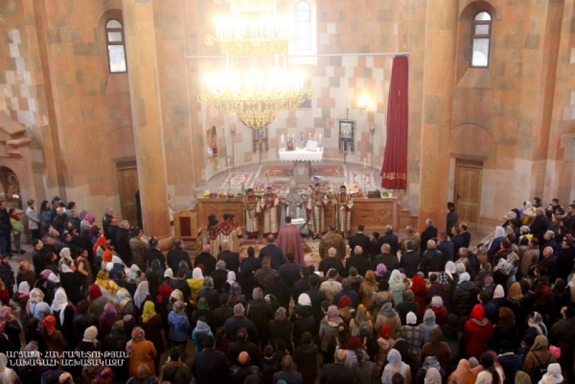 Divine Liturgy of Easter Sunday in the Stepanakert Cathedral of Intercession
