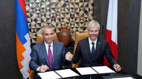 Foreign Minister of Artsakh Masis Mayilian and President of Auvergne-Rhône-Alpes Regional Council of France Laurent Wauquiez Signed a Joint Declaration