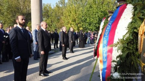 President partook at the events organized in connection with the Independence Day of the Republic of Armenia