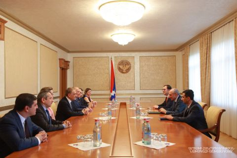 Artsakh Republic President Bako Sahakyan held a meeting with a group of participants of the 5th International Medical Congress of Armenia