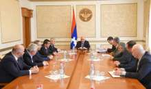 President Sahakyan met with representatives of the Artsakh Republic National Assembly political parties supporting the authorities