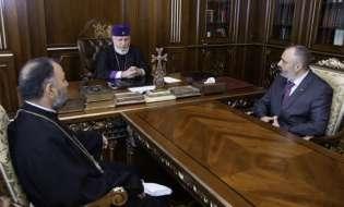 Состоялась встреча министра иностранных дел Давида Бабаяна и Верховного Патриарха и Католикоса Всех Армян Гарегина II
