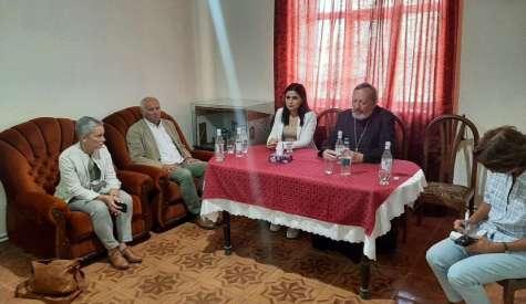 Защитник прав человека Республики Арцах встретился с представителями организации L'Œuvred'Orient